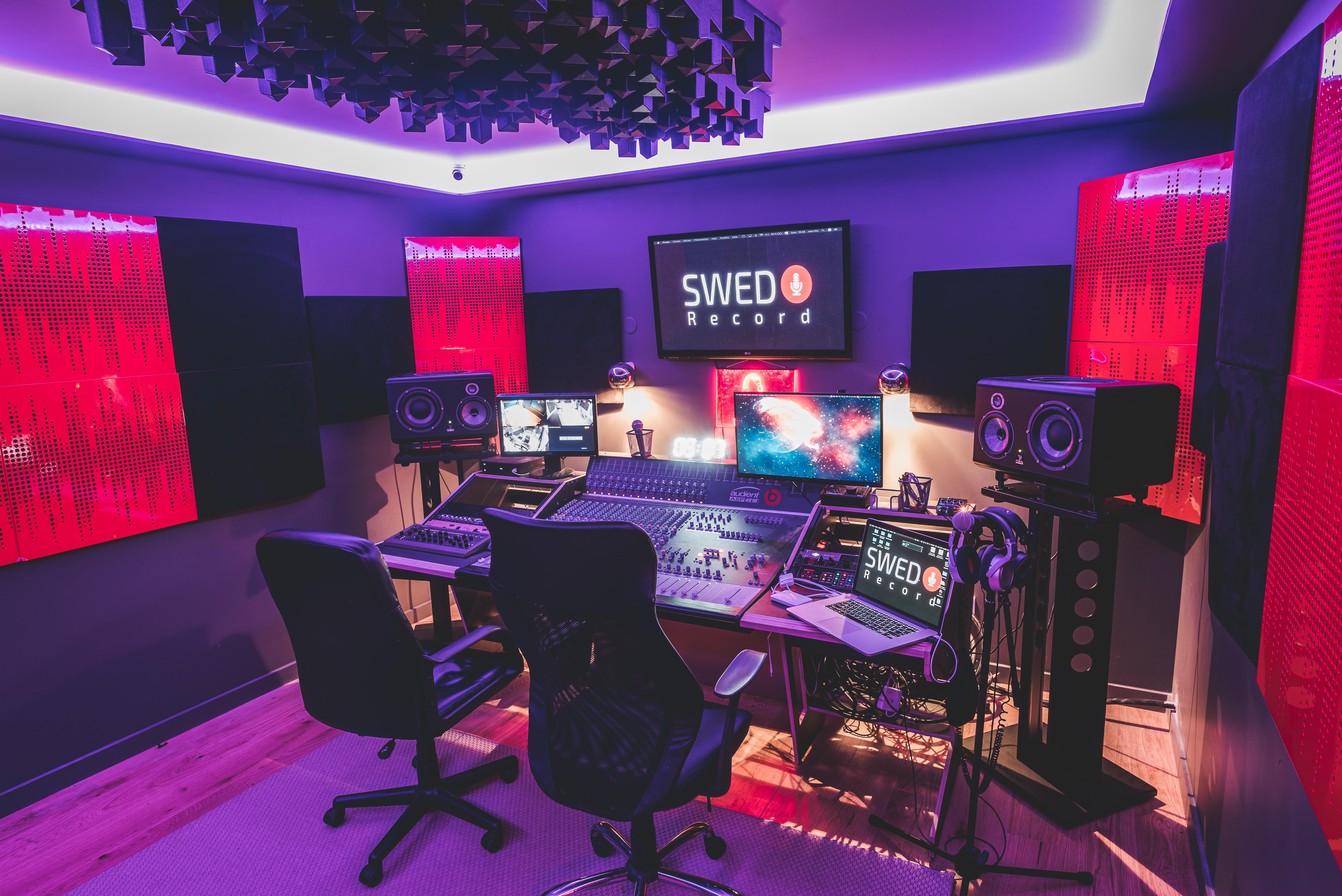 studio-picture
